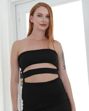 Xeena Mae Submissive Pics
